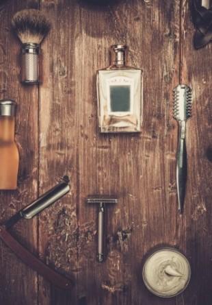 Ce parfumuri mai poartă bărbații vara aceasta