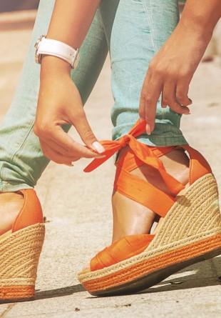 Vara asta nu mai ieși din sandale