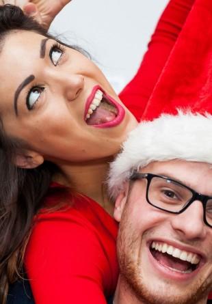 Cum porți cu stil combinațiile festive?