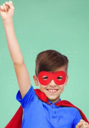 O supercolecție pentru micuțul tău supererou