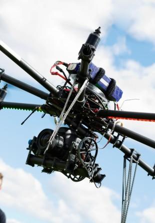 De ce ai avea nevoie de o drona?