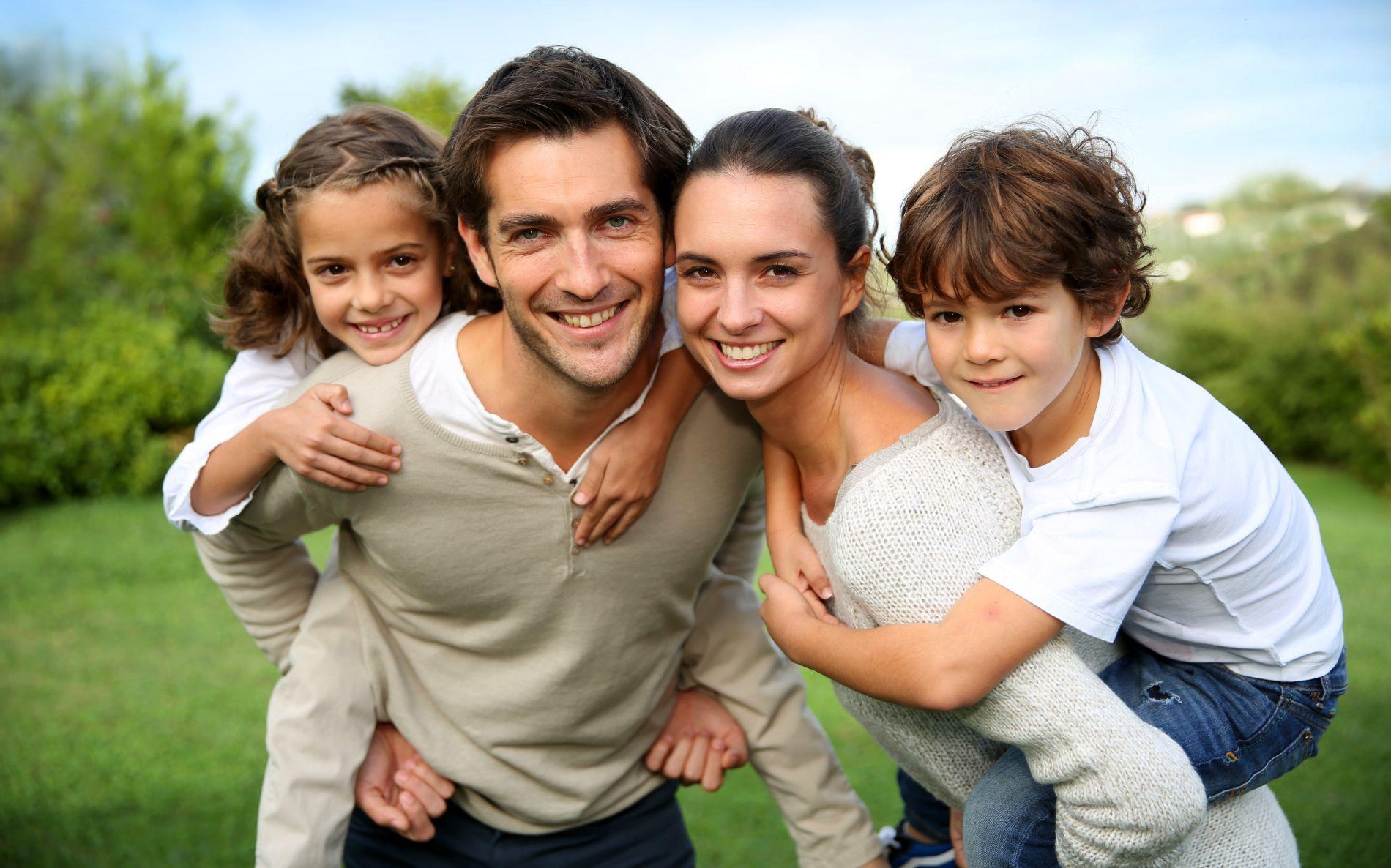 Ținute asortate pentru cele mai drăguțe familii