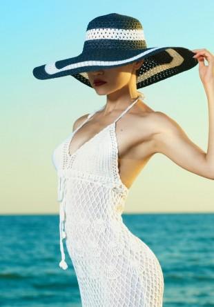 Trucuri de stil: Cum porți pălăria