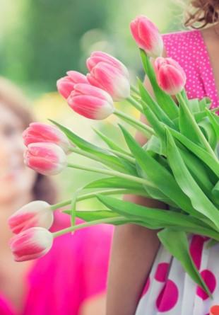 3 motive să cumperi flori mai des
