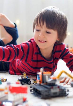 9 lucruri interesante despre cărămizile LEGO