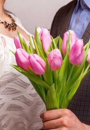 Alege florile perfecte pentru Dragobete!