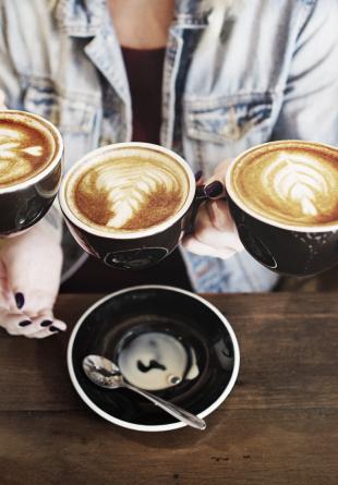 Cum îți face o cafea ziua (și sănătatea!) mai bună