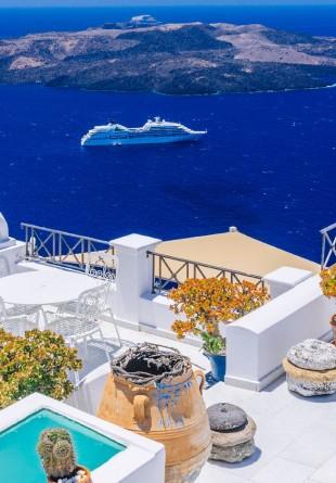 Vacanță în Grecia, pe urmele lui Anthony Quinn și ale Angelinei Jolie