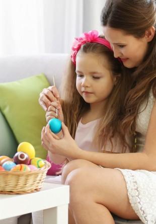 3 metode simple și ieftine de a decora ouăle de Paște