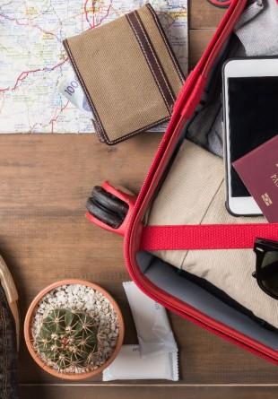 Cum să-ți pregătești eficient bagajul pentru o mini vacanță de sezon