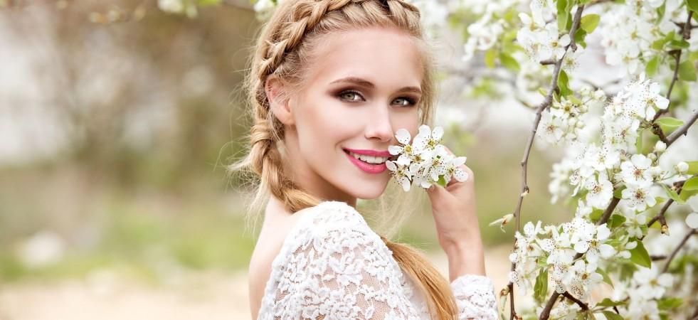 5 coafuri chic pentru nunțile de vara aceasta