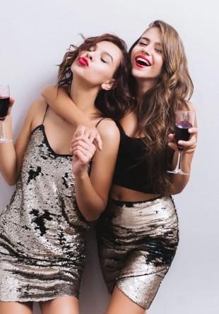 MIX & MATCH: Ținute inspirate pentru petrecerile de zi