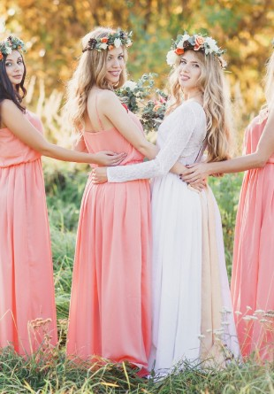 Ești domnișoară de onoare? Iată 5 rochii chic pentru tine!