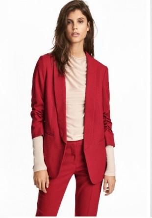 Roșu - SUPER culoarea acestei toamne