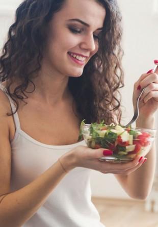 6 feluri prin care te poți îngrășa mâncând salată
